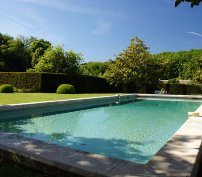 Comment rénover une piscine en béton ?